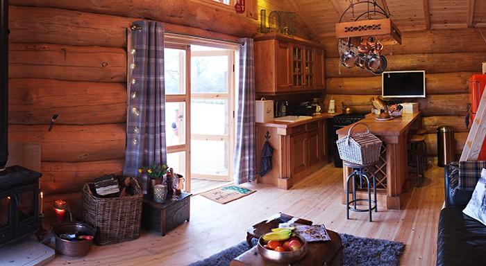 Luxury Log cabin - Wood burner and Kitchen