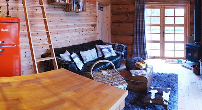 Luxury Log Cabin - Kitchen and Living room interior