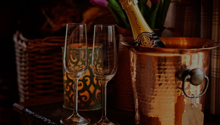Luxury Log Cabin - Champagne reception