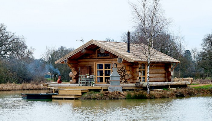 Log cabin - outdoor shot